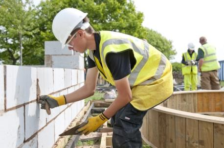 New Apprenticeship Schemes Helping Young People to Kick-Start their Career in Construction
